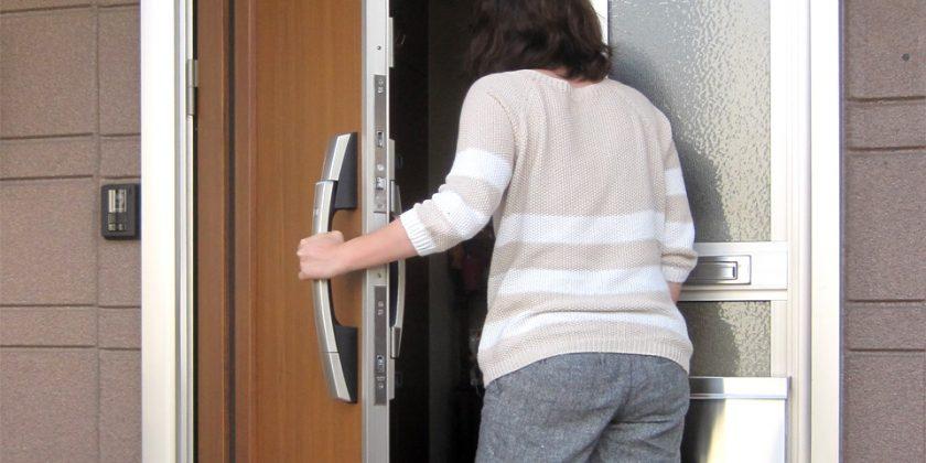 名古屋市瑞穂区 スマートキー搭載玄関ドア