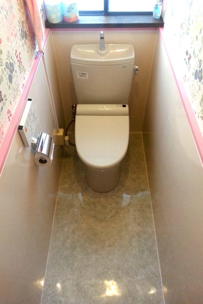 名古屋市瑞穂区 トイレ取替・パネル張り