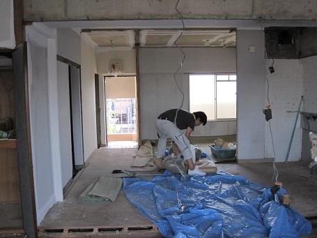 名古屋市南区NKビル 賃貸マンション入居率アップリフォームPart1 – 改装工事開始