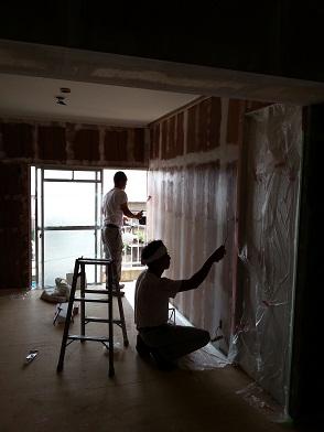 名古屋市南区NKビル 賃貸マンション入居率アップリフォームPart6 – 壁仕上げ中