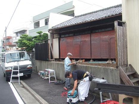 名古屋市昭和区KD様邸 木塀(ウッドフェンス)Part2 – 塀解体